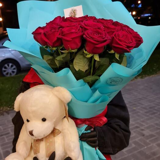 Сет букет красных роз+мишка+открытка