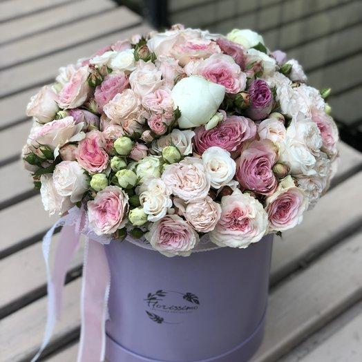 """Букет в шляпной коробке """"Изольда"""": букеты цветов на заказ Flowwow"""