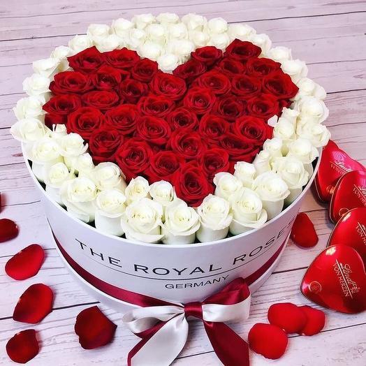 Сердце из 75 роз