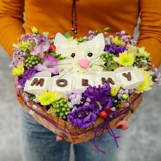 """Композиция котенок в сердце """"Моему"""": букеты цветов на заказ Flowwow"""