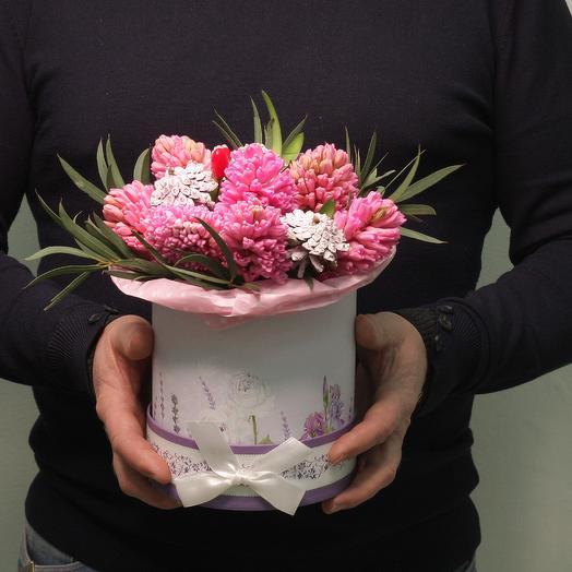 """Кудряшка-милашка""  шляпная коробка: букеты цветов на заказ Flowwow"