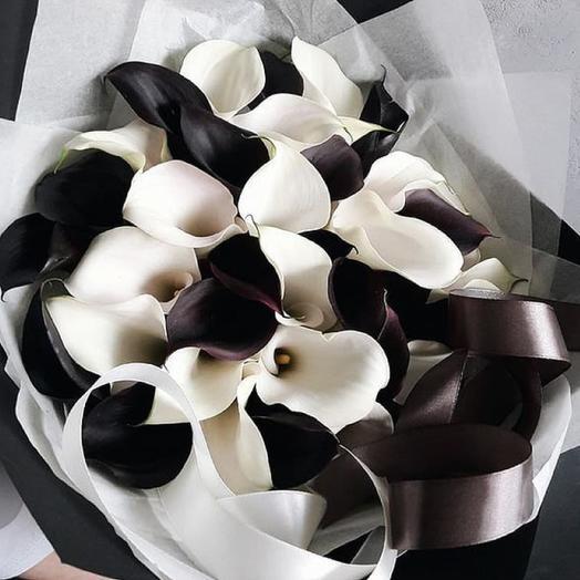 Чёрные и белые каллы: букеты цветов на заказ Flowwow