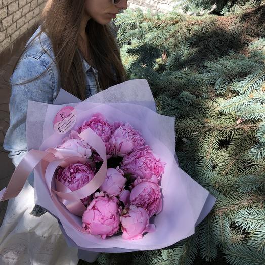 9 огромных пионов: букеты цветов на заказ Flowwow