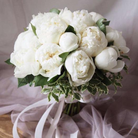 15 белоснежных пионов: букеты цветов на заказ Flowwow