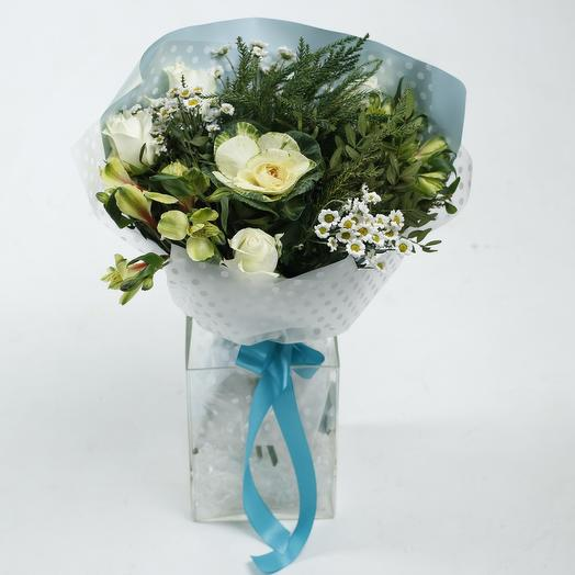 Букет «Белая брассика»: букеты цветов на заказ Flowwow