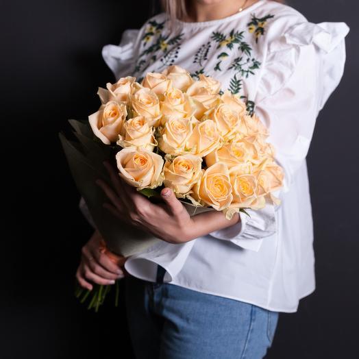 25 кремовых роз 60 см: букеты цветов на заказ Flowwow