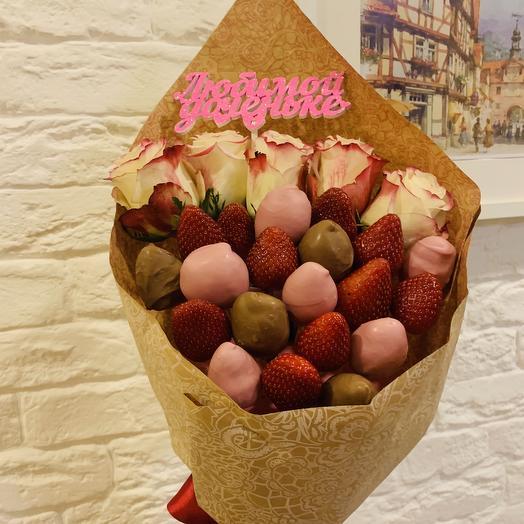 Букет Клубника в Шоколаде с Розами