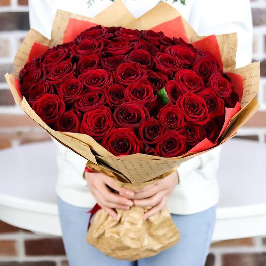 Букет из 51 красной розы (50 см). N708: букеты цветов на заказ Flowwow