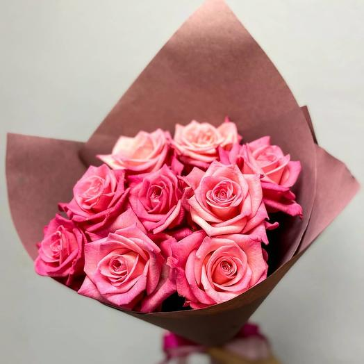 Casanova-a bouquet of 9 pink roses