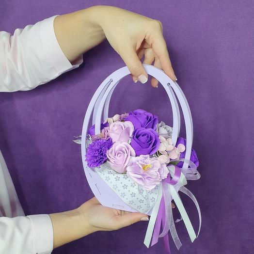 Мыльные цветы в фиолетовой сумочке