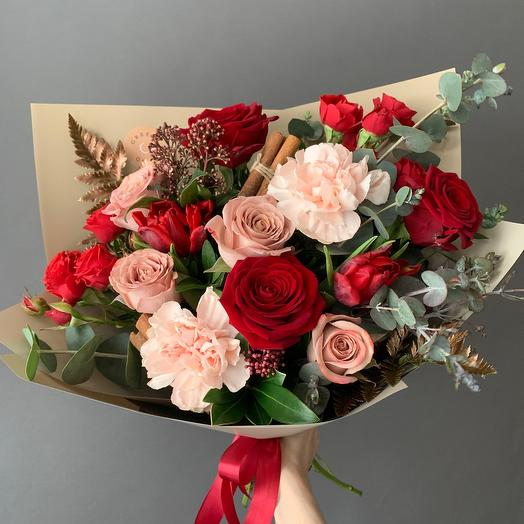 Букет из роз с корицей