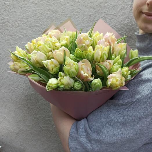 Букет из пионовидных тюльпан