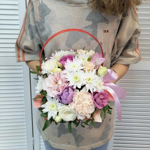 """Корзина с цветами""""счастье"""""""