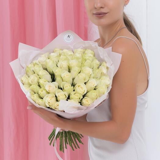 Букет из 51 белой розы Кения 40см