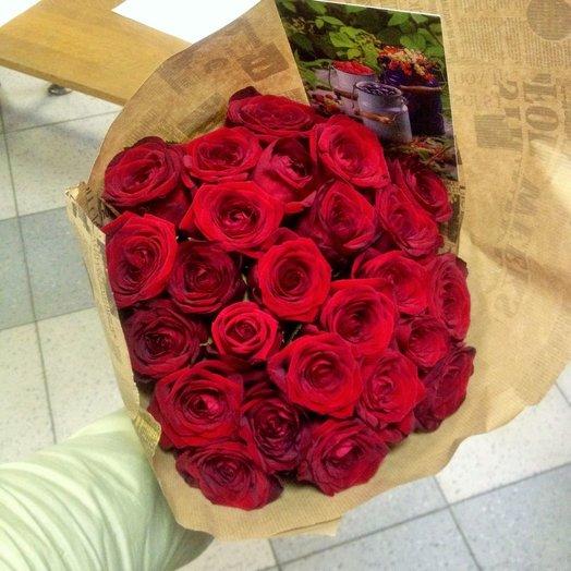 Красная Москва: букеты цветов на заказ Flowwow