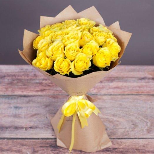 21 желтая роза: букеты цветов на заказ Flowwow