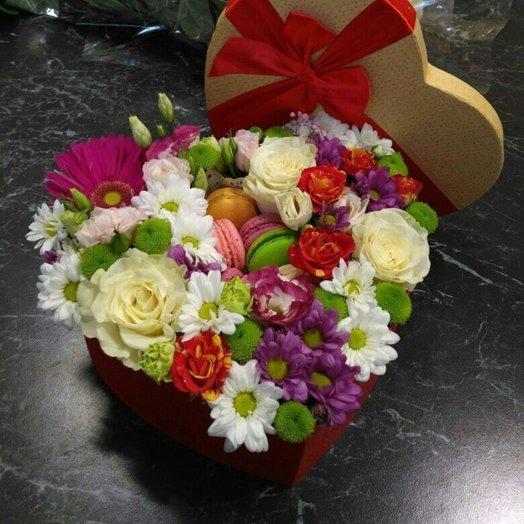 Коробочка Азимут: букеты цветов на заказ Flowwow