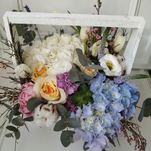 Ящик «голубая волна»: букеты цветов на заказ Flowwow