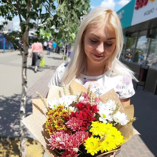 Bouquet with ears and chrysanthemums: flowers to order Flowwow