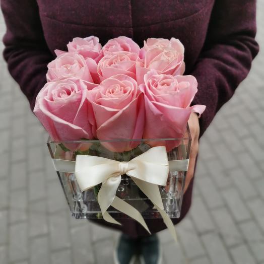 Куб с розами: букеты цветов на заказ Flowwow
