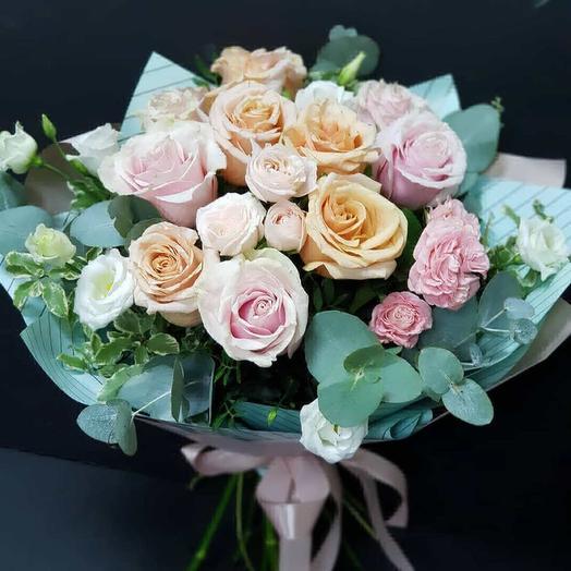 Прелестные розы: букеты цветов на заказ Flowwow