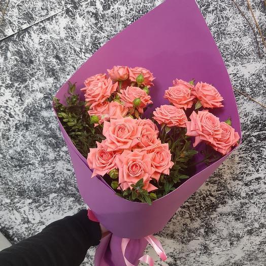 Кустовая роза от всего сердца
