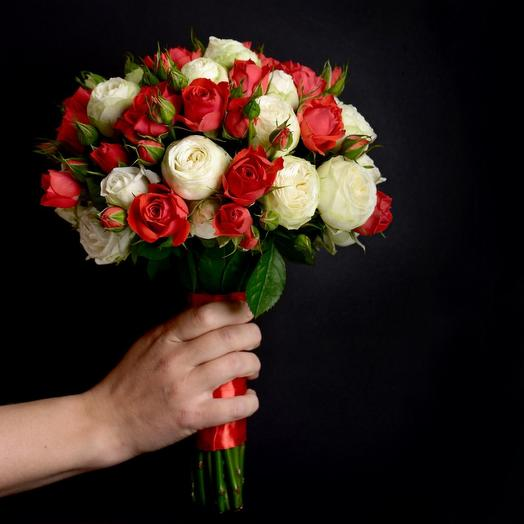 Свадебный букет Красно-белых тонах