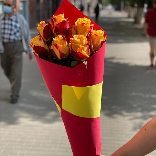 Красно-желтая Роза