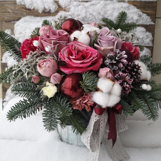 """Цветы в коробке """"Старый Новый год"""""""