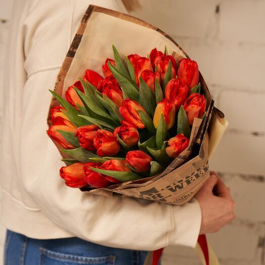 """25 тюльпанов в гамме """"FLAME"""""""