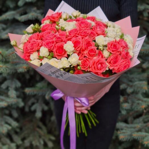 Flowers Lovers - 25 кустовых роз микс