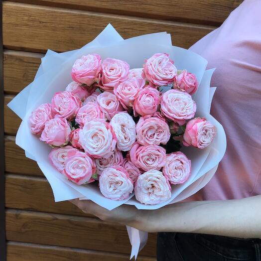 Букет из 5 кустовых пионовидных роз Мисс Бомбастик