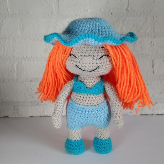 Вязанная кукла Варвара