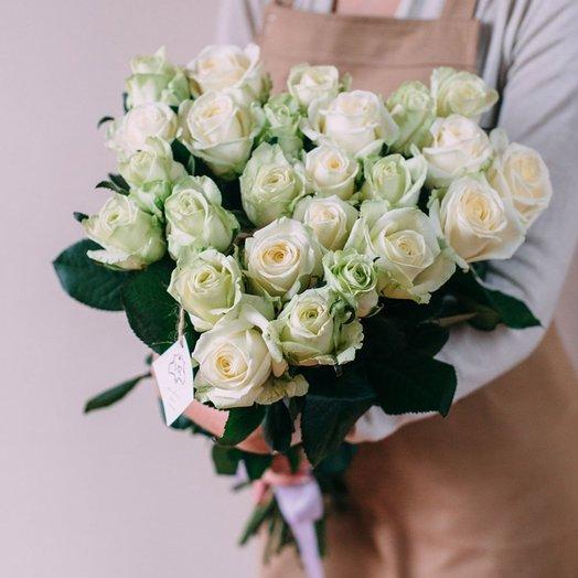 25 роз Аваланж 50 см: букеты цветов на заказ Flowwow