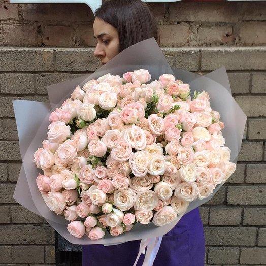 Букет нежной кустовой розы: букеты цветов на заказ Flowwow