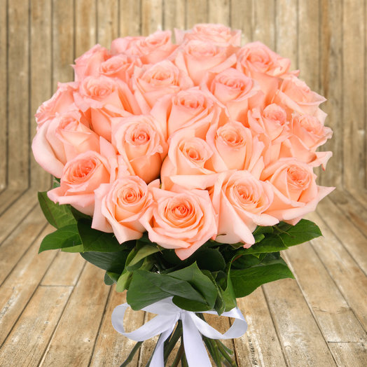 "Букет из 25 нежно розовых роз ""Ангажемент"": букеты цветов на заказ Flowwow"
