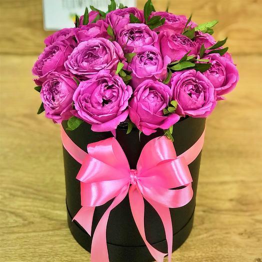 Коробки с цветами.Пионовидная кустовая роза. N333: букеты цветов на заказ Flowwow