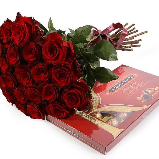 """Букет-комплимент """"Розы и конфеты"""""""
