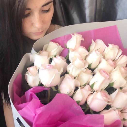 Букет из 25 нежных розовых роз