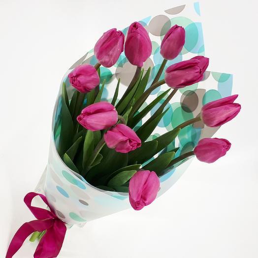 11 пурпурных тюльпанов
