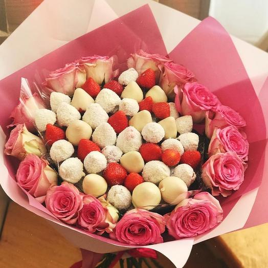 """Клубничный букет """" Для принцессы """": букеты цветов на заказ Flowwow"""