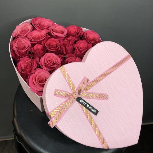 19 роз в коробочке: букеты цветов на заказ Flowwow