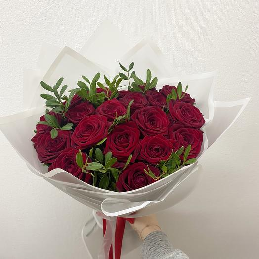Букет из 19 красных роз (50 см ): букеты цветов на заказ Flowwow