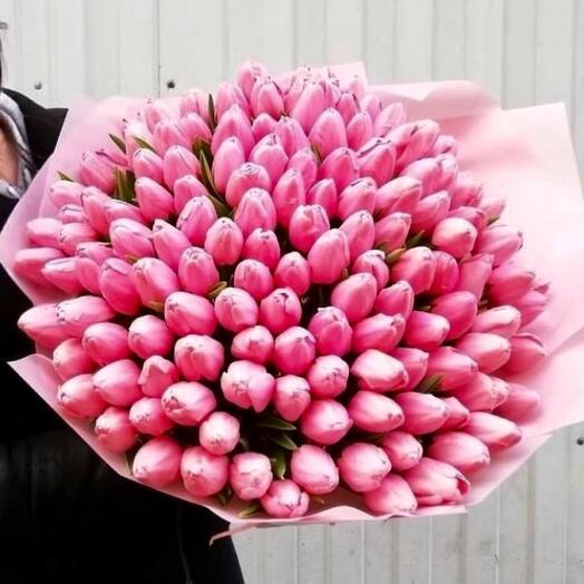 Букет 150 тюльпанов