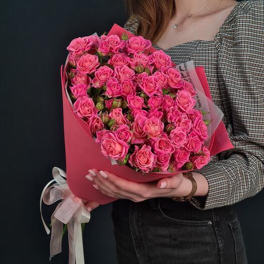 """Букет из кустовых роз """"Лиана"""""""