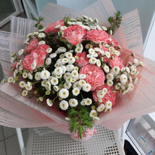 Ромашки и розы