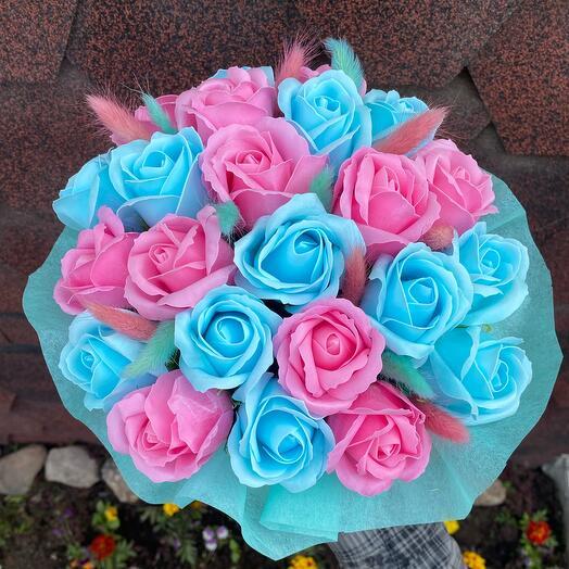 23 мыльные розы в шляпной коробке