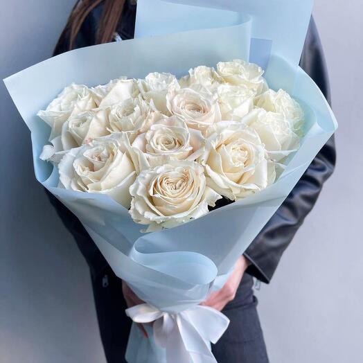 Белоснежные розы 15 шт