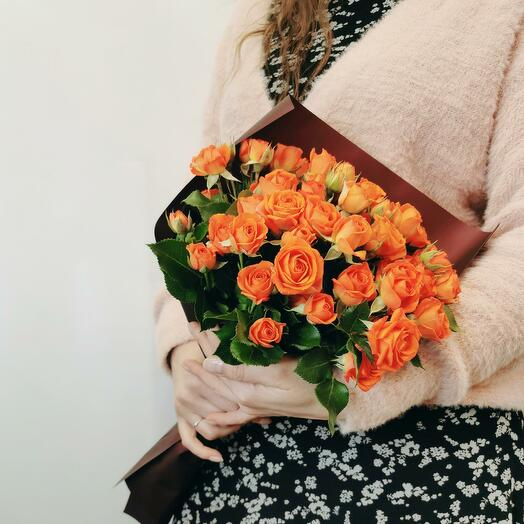 Букет Апероль 15 из оранжевых кустовых роз