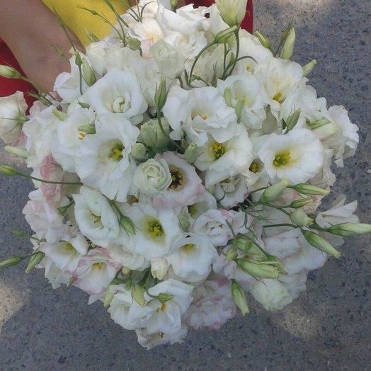 Букет из лизиантусов нежных оттенков: букеты цветов на заказ Flowwow